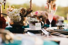 Go Mad Hatter for This Alice-in-Wonderland Wedding | OneWed