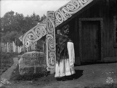 From the Ngati Whakaue website Rotorua New Zealand, Polynesian People, Maori Patterns, Maori People, Tiki Art, Maori Art, Historical Images, History Photos, Local History