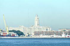El edificio de la Aduana de Montevideo, obra del Arq. Jorge Herrán #orgullo