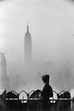 Elliott Erwitt, Empire State Building, New York City, 1955