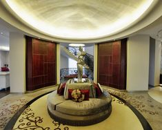 royal foyer design    #KBHome