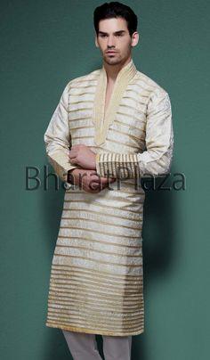 Grandeur Look Kurta pyjama Item code : SKB2105 https://www.facebook.com/bharatplazaindianbridal  https://twitter.com/bharatplaza_in