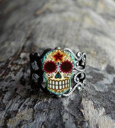Day of the Dead Filigree Sugar Skull Ring ( Etsy:: http://www.etsy.com/listing/88065071/day-of-the-dead-filigree-sugar-skull# )
