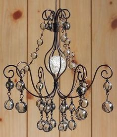 ビー玉とワイヤーのミニシャンデリア Chandelier Bedroom, Chandelier Lighting, Wire Crafts, Metal Crafts, Magic House, Flame Art, Iron Candle Holder, Decoration Table, Wire Art
