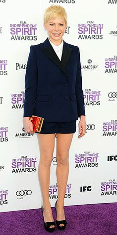 Michelle Williams - a prime example of how to really get it wrong - be a blonde, do navy and white (which are for Winters, not Springs, which she is), and then to wear shorts or a skirt under a blazer that are so short you wonder if she's wearing anything at all! Batting 0/100 here, Michelle.
