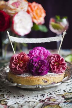 top your summer cakes w/ fresh roses - & icing sugar