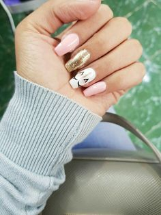 de Uas de Unicornio que te Encantarn - Uas :D Diseos Mgicos de Uas de Unicornio que te Encantarn - Uas :D - 50 fabulous free winter nail art ideas 2019 page 41 Soft Nails, Neutral Nails, Simple Nails, My Nails, Gelish Nails, Diy Unicorn, Unicorn Nail Art, Neutral Nail Designs, Nail Art Designs