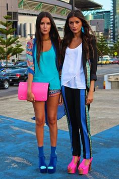 STEF AND JESS DADON twin sister bloggers http://howtwolive.blogspot.fr/