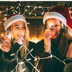 Bff Pics, Photos Bff, Bff Pictures, Best Friend Pictures, Friend Photos, Christmas Photography, Winter Photography, Maternity Photography, Best Friend Fotos