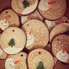 Personalised Christmas Decoration Baby's First Christmas Snowman Christmas Tree Rustic Christmas Hand Painted Wood Slice Gift Tag by keri Diy Christmas Ornaments, Homemade Christmas, Christmas Snowman, Rustic Christmas, Christmas Projects, Holiday Crafts, Christmas Holidays, Santa Ornaments, Hallmark Christmas