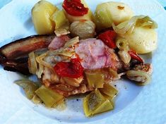 Morčacie krídla v alobale - Recept Potato Salad, Potatoes, Vegetables, Ethnic Recipes, Food, Red Peppers, Potato, Essen, Vegetable Recipes