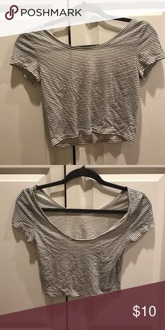 Black and white crop top Very cute and goes with a lot of things! American Eagle Outfitters Tops Crop Tops