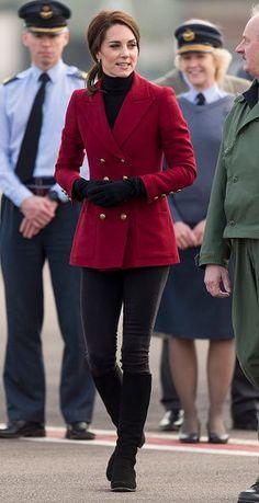 Catherine Duchesse de Cambridge lors d'une visite aux Cadets de l'Air de la RAF à RAF Witte