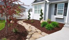 Create a cobble stone walkway. It not only creates a fun path for your guests to walk on, but it also deters your guests from creating unwanted walkways on your grassy lawn. Front Yard Decor, Front Yard Landscaping, Landscaping Ideas, Lawn And Garden, Garden Paths, Landscape Design, Garden Design, Marquise, Garden Inspiration