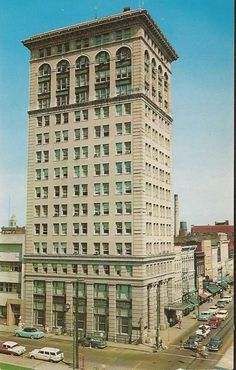 The old 1st National Bank building in the 1950's