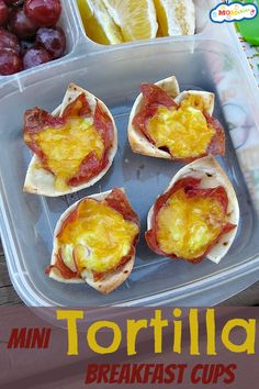 These Mini Tortilla Breakfast Cups are the perfect way to get the breakfast for lunch or dinner meal that everyone will love! Your kids will love these bite sized foods! Breakfast Cups, Best Breakfast, Breakfast Recipes, Breakfast Ideas, Breakfast Tortilla, Lunch Recipes, Dinner Recipes, Real Food Recipes, Cooking Recipes