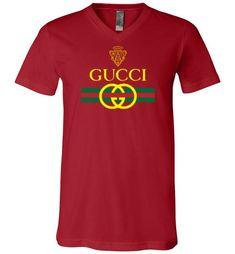 5249e20da046 29 Best men's t-shirts images in 2018   Gucci, Round collar, Male ...