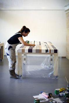 Via Twitter heb ik contact gekregen met meubelmaker The Woodcrafter Hij was bezig met een tafelblad van sloophout voor een klant en vroeg m...