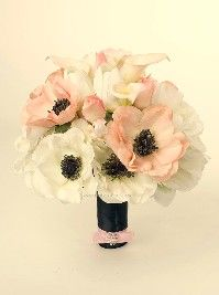 again with the gorgeous anemones!