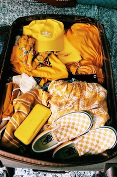 VSCO - Create, discover, and connect Aesthetic Colors, Summer Aesthetic, Aesthetic Pictures, Aesthetic Yellow, Travel Aesthetic, Aesthetic Bags, Rainbow Aesthetic, Mellow Yellow, Mustard Yellow