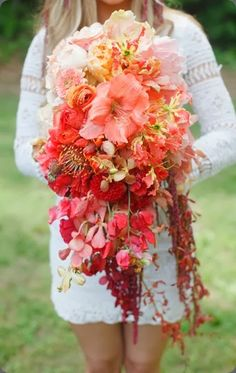 ombre done really well stunning peach, orange and red cascading bouquet Stephie Photography and jodi duncan
