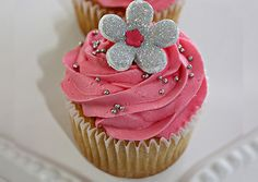 Sparkle cupcake! #pink #silver #sparkle #glitter #cake #girly #yummy #shimmer #shine