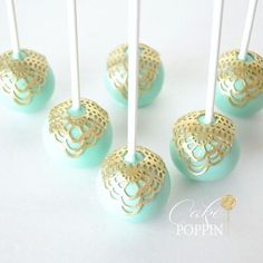 Cake pops with lace overlay #cakepoppn
