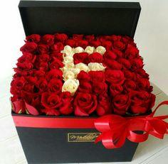 Stylish Girls Photos, Girl Photos, Love Quates, F Alphabet, Flower Boxes, Flowers, Flower Letters, Cute Wallpapers, Raspberry