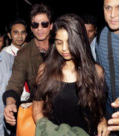 SRK and Suhana, airport to UK Aug 2016