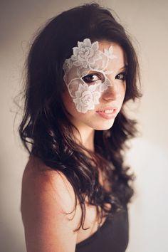 Beautiful one eye lace mask.
