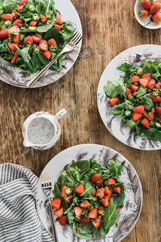 Strawberry Kale Salad with Fresh Jalapenos, Pumpkin Seeds & Poppy Seed Dressing Salmon Recipes, Pasta Recipes, Dinner Recipes, Strawberry Kale Salad, Vegetarian Recipes, Healthy Recipes, Yummy Recipes, Yummy Food, 4 Ingredient Recipes
