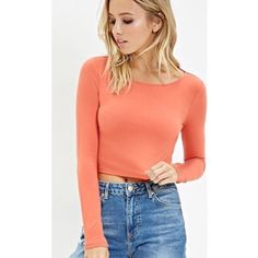 NWT Classic Coral Long-Sleeve Crop Top 🔹MAKE ME AN OFFER: I will consider all offers, but please be reasonable! I give 15% off on all bundles of 2, and I will increase that discount by 5% for every additional item you purchase!🔹 •new with tags• Forever 21 Tops Crop Tops