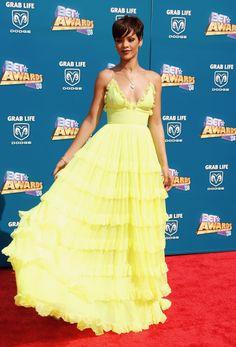d47d964bab7 A Line V Neck Spaghetti Strap Long Tiered Skirt Rihanna Bright Yellow Maxi  Dress at the 2008 BET Awards Red Carpet Dress