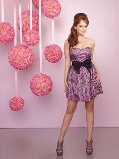 Debby Ryan shares her favorite prom dress styles. Debby Ryan, Disney Channel, Chanel, Bridgit Mendler, Disney Shows, Famous Stars, Celebrity Beauty, Celebs, Pretty