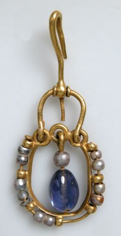 Byzantine, pearl with sapphire