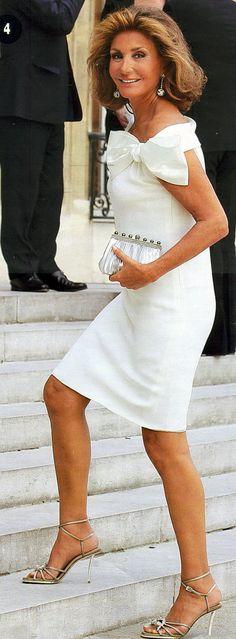 Very stylish Spanish socialite. Beautiful Dresses, Nice Dresses, Short Dresses, Bow Dresses, Church Dresses, Evening Dresses, Beautiful Old Woman, Looks Chic, Advanced Style