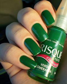 Resultado de imagem para risque verde esmeralda