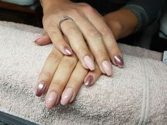 Chrome nails rose gold nude glitters
