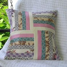 https://flic.kr/p/6Poyt8 | pillowcovers 006 | 14 Inch  pillow cover made from Moda Hartfield fabric.