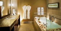 Accommodations — Parksville Hotels - The Beach Club Resort Best Bathroom Designs, Bathroom Trends, Beach Club Resort, Two Bedroom Suites, Ensuite Bathrooms, Shower Remodel, Hotel S, Vancouver Island, House