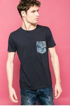 Medicine - T-shirt by Karol Banach kolor granatowy RW17-TSM656 - oficjalny sklep MEDICINE online