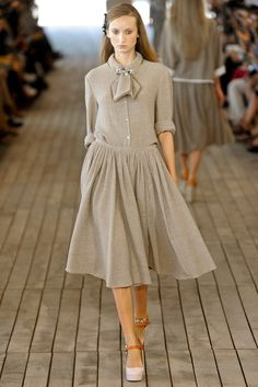 Véronique Leroy Spring 2012 Ready-to-Wear Fashion Show
