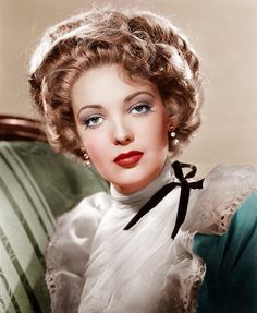 A collection of my vintage Hollywood & classic rock colorized images Hollywood Stars, Old Hollywood Glamour, Hollywood Actor, Golden Age Of Hollywood, Vintage Glamour, Vintage Hollywood, Vintage Beauty, Hollywood Actresses, Classic Hollywood