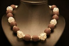 image Beaded Necklace, Craft, Image, Jewelry, Fashion, Beaded Collar, Moda, Jewlery, Pearl Necklace