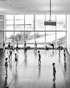 The Houston Ballet, the fourth-largest ballet company in the United States, unveiled its Center for Dance in 2011