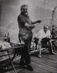 Actor, writer and régisseur Jan Werich, with excellent animator and painter Jiří Trnka. Heart Of Europe, Big Men, Film Director, Czech Republic, Vintage Photos, Nostalgia, Celebrity, In This Moment, Actors