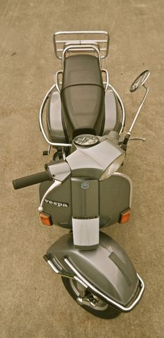 VINTAGE SCOOTERS nl : Photo Vespa Motor Scooters, Piaggio Scooter, Vespa Bike, Scooter Motorcycle, Scooter Scooter, Vespa Px 150, Fiat 500, Vespa Retro, Vintage Bikes