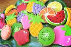 Tutti Frutti party, fresh and colorful table | CatchMyParty.com