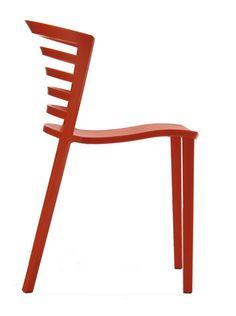 Still a favorite: the indoor/outdoor Venezia Chair, by Sintesi.
