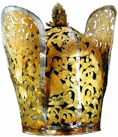 Phoenixes Crown (鳳凰文冠), Liao dynasty (907-1125, 遼), found at the tomb of the princess (陳国公主) in 1018, She died 18 years old. 内蒙古文物考古研究所